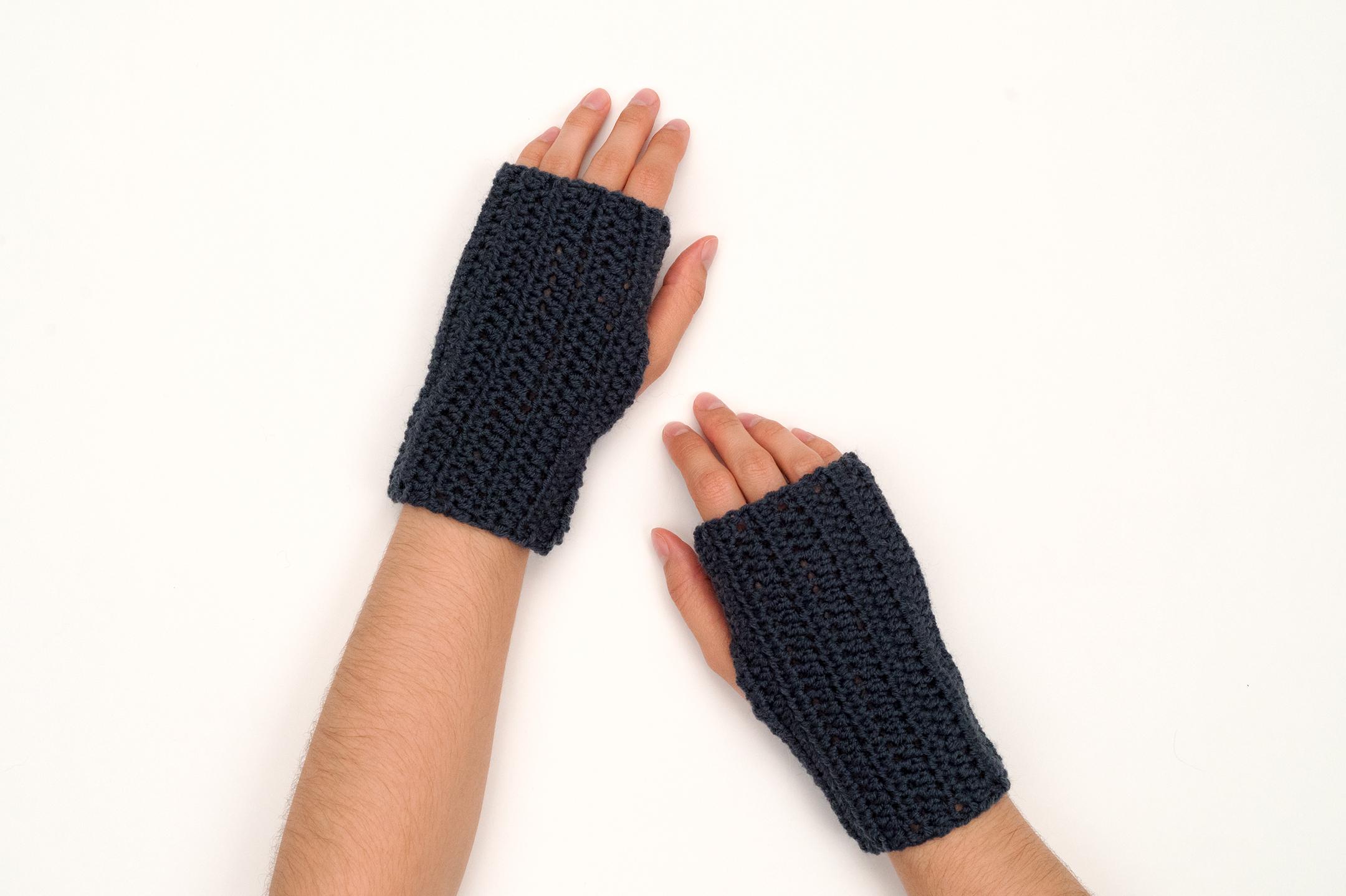 Crochet Fingerless Glove Pattern by BrennaAnnHandmade - Hobium Blog