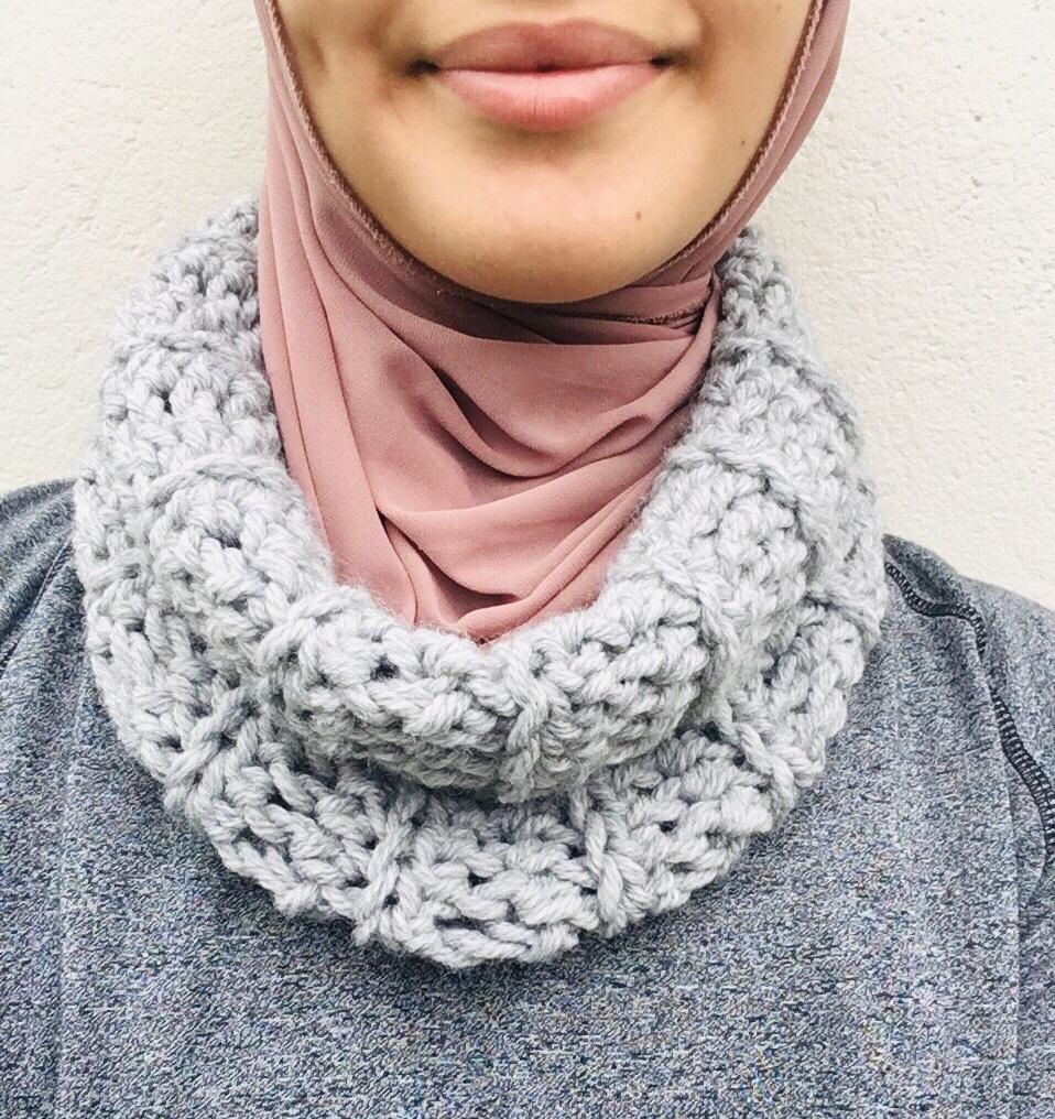 Cozy Crochet Cowl Pattern By Wovenco Hobium Blog