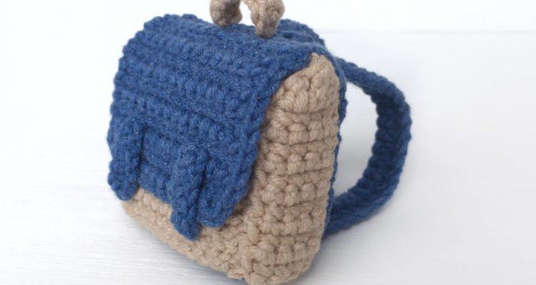 Crochet Mini Backpack For Dolls - Crochet Kingdom | 400x752